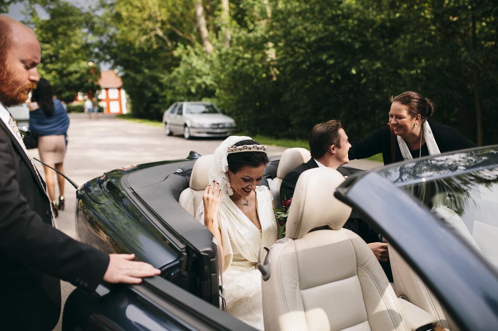 bröllop trollhättan hjärtums kyrka bil